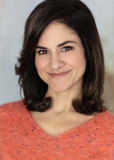 Teri Medina Galvan - Headshot